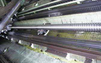 大长度丝杆挠度下垂产生的附加力矩的柔性丝杆装置设计