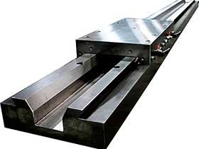数控机床导轨斜契增压锁紧装置
